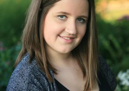 Rachel Teuscher: Runs the world (girls)