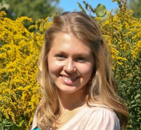 Scholarship: Maggie Grau, model of academic excellence